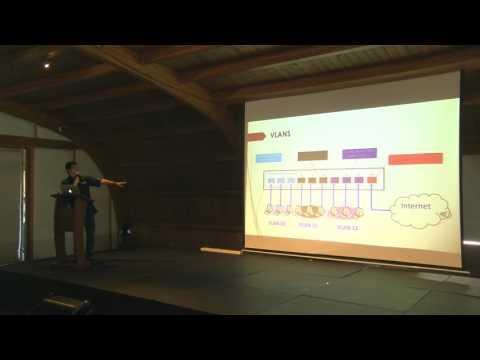 Configuración De VLANs Usando Cloud Routers Switches.